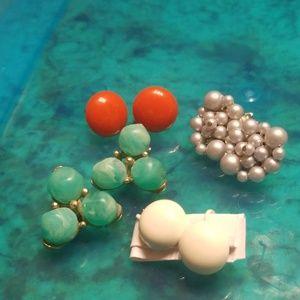 Four pair vintage clip/screw earring PM 667 kramer